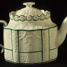 English Staffordshire Tea Pot with American Design c1790
