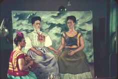 Frida Kahlo painting The Two Fridas (Las Dos Fridas, 1939). Photograph by Nickolas Murray.