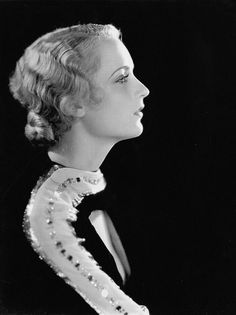 William E. Thomas, Portrait of Carole Lombard, Old Hollywood Glamour, Golden Age Of Hollywood, Vintage Hollywood, Classic Hollywood, In Hollywood, Classic Actresses, Classic Movies, Hollywood Actresses, Actors & Actresses