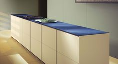 Porcelain counter-top - thin and sleek design