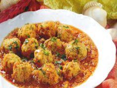 Chiftele de peste cu rosii Romanian Food, Cauliflower, Curry, Meat, Chicken, Vegetables, Ethnic Recipes, Curries, Cauliflowers
