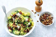 Kijk wat een lekker recept ik heb gevonden op Allerhande! Broccolistamppot met noten en geitenkaas