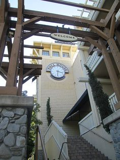 Toll House Hotel, Los Gatos - clock tower. Photo by http://nancydbrown.com