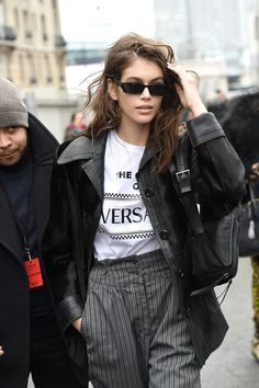 Kaia Gerber, Versace tee, leather jacket, Matrix s. Kaia Gerber, Versace, Gerbera, Mode Style, Style Me, Fashion Models, Fashion Outfits, Womens Fashion, Meagan Good