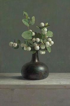 'Stilleven met sneeuwbes (Still Life with snowberry),' 1991, by Dutch realist painter Henk Helmantel (b. 1945). Oil on panel, 46 x 31 cm. via underpaintings