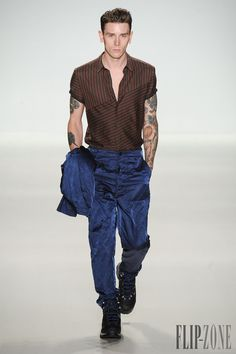 Richard Chai Love Spring-summer 2015 - Menswear - http://www.flip-zone.com/fashion/menswear/richard-chai-love-4855 - ©PixelFormula