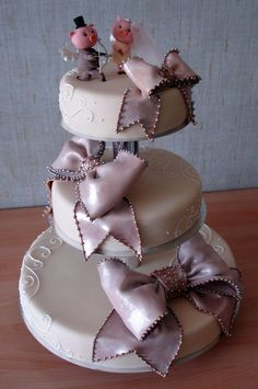 A different wedding cake... lol
