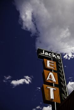 Jack's EAT |  Rapid River, Michigan