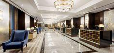 Megújult a budapesti Hilton szálloda – képekkel Luxury Lighting, Luxury Decor, Luxury Interior, Interior Design, Modern Lighting, Hotel Reception Desk, Reception Design, Reception Ideas, Resorts
