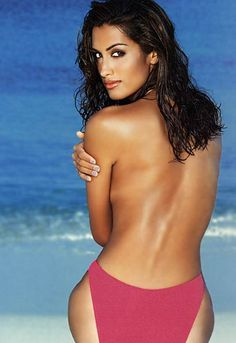 Yasmeen Ghauri. Gorgeous SuperModel from Canada of German and Pakistani Heritage