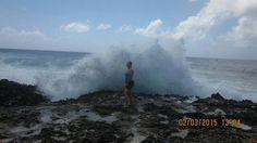 Recibiendo una muy buena ola
