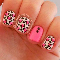 It looks ugly like that! Get Nails, Love Nails, Hair And Nails, Gorgeous Nails, Pretty Nails, Nail Manicure, Nail Polish, Nailart, Striped Nails