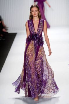 Mendel at New York Fashion Week Spring 2013 - Runway Photos Couture Mode, Couture Fashion, Runway Fashion, Fashion Show, 50 Fashion, Fashion Styles, Womens Fashion, Beautiful Gowns, Beautiful Outfits