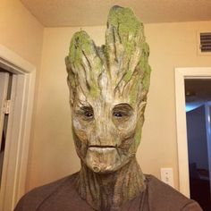 kamikame-cosplay:  Epic Groot by HurleyFX. Epic work!!