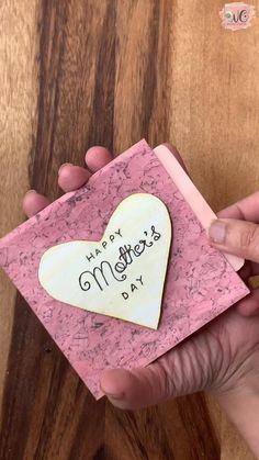 Happy Birthday Handmade Cards, Easy Handmade Cards, Happy Birthday Crafts, Creative Birthday Cards, Diy Birthday, Diy Gifts Videos, Diy Crafts For Gifts, Gifts For Mum, Handmade Crafts