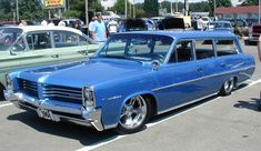 Pontiac Catalina Wagon photos, picture # size: Pontiac Catalina Wagon photos - one of the models of cars manufactured by Pontiac Station Wagon Cars, Pontiac Catalina, Dodge, Pontiac Bonneville, Us Cars, Custom Cars, Vintage Cars, Cool Cars, Dream Cars
