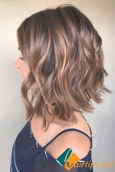 Balayage, Curly Lob Hairstyles - Shoulder Length Hair Cuts for Women and Girls Eyebrow Makeup Tips Great Hair, New Hair, Curly Hair Styles, Curly Lob, Hair Styles Medium Bob, Inverted Bob Styles, Long Inverted Bob, Angled Lob, Long Curly