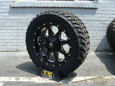 "20"" Fuel Off Road BOOST Black Nitto Trail Grappler 305/55R20 33"" Mud tires"