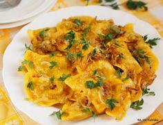 Złociste pierogi z mięsem i kaszą gryczaną   Smaczna Pyza Calzone, Pierogi, Tortellini, Ravioli, Dumplings, Thai Red Curry, Cauliflower, Pancakes, Dinner