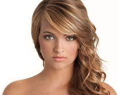 30 Beautiful Cute Curly Hairstyles You Will Love To Have #hairstyle - See more stunning hair design at Stylendesigns.com!