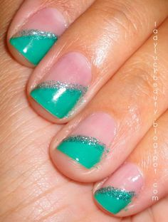 Love the teal! I think I could probably do this myself even with a dominant hand!