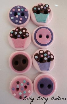 These cupcake buttons are adorable :)