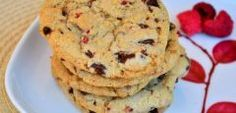 Raspberry Cornmeal Chocolate Chip Cookies « Baking Bites