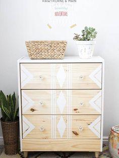 Mueble decorado con