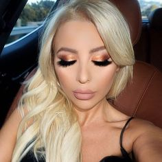 Stacked up mink lashes by @lillylashes  gold shadow using YSL liquid eyeshadow and @beccacosmetics champagne pop highlighter by vanitymakeup
