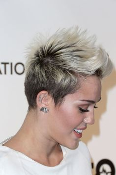 Take a Look at Miley Cyrus' 3 Best Short Hair Moments (Before She ...