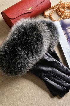 ¥275 Fox fur trimmed leather gloves Leather Gloves, Greed, Fur Trim, Fox d13eadeb48