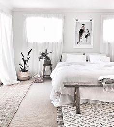 51 Modern Boho Bedroom Decor Ideas With Carpet Bedroom Carpet, Living Room Carpet, Home Bedroom, Bedroom Decor, Bedroom Mats, Bedroom Ideas, Nursery Curtains, Bedroom Interiors, Curtains Living