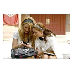 (MORE Pics Gossip Girl Season 2 Episode 4 The Ex-Files ❤ liked on Polyvore featuring gossip girl, pictures, blair waldorf, blake lively and girls