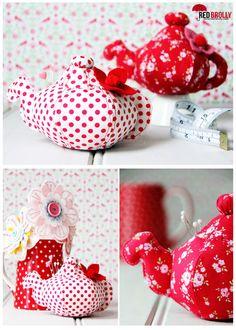 red-brolly-free-teapot-pincushion-pattern