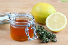 Organic cough syrup from 3 ingredients make yourself - quick help with cough - HUSTEN - - DIY Projects Cough Medicine, Cough Syrup, 3 Ingredients, Cantaloupe, Health Fitness, Organic, Make It Yourself, Fruit, Tableware