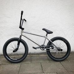 These are the best tires for BMX riding in Find the perfect bike tires for dirt, park or street riding. Find the top signature designed BMX tires from the best BMX brands this year. Do you ride BMX? Do you ride BMX? Bmx Bicycle, Bmx Bikes, Sport Bikes, Bmx 20, Single Speed Mountain Bike, Best Bmx, Moutain Bike, Bmx Parts, Hacks