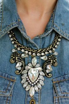 JC INSPIRED CRYSTAL STATEMENT NECKLACE....Crystal and rhinestone statement bib necklace (jewelry)