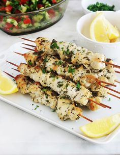 Chicken skewers marinated in lemon, garlic, spices - These marinated chicken skewers are so simple and so delicious. Lemon juice, garlic, spices and aro - Chicken Skewers, Marinated Chicken, Meat Recipes, Cooking Recipes, Healthy Recipes, Smoked Ribs, Pork Ribs, Healthy Cooking, Food Inspiration