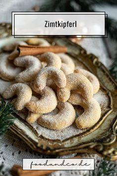 Vanillekipferl mal anders: Ich präsentiere euch meine leckeren, mürben und super einfachen Zimtkipferl. Weihnachtsplätzchen ganz fix aus nur 5 Zutaten.
