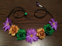 Flowerhalo, Flowercrown, Flowerheadband, flowerchild, flowerchildren, hair, accessories, fashion, coachella, festival, bridal, daisycrown, mardi gras