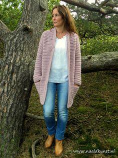Hood Pattern, Vest Pattern, Free Pattern, Crochet Hood, Knit Or Crochet, Crochet Shirt, Crochet Cardigan, Wool Cardigan, Crochet Woman