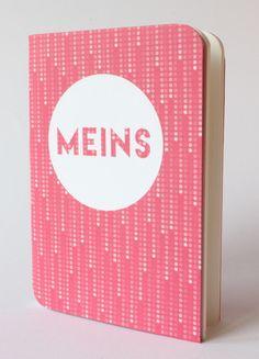 "Design Notizbuch ""Meins"" auf Rosa Punkte Muster von D.N.Mai Creative Works auf DaWanda.com Mai, Lunch Box, Creative, Books, Design, Pink, Paper Mill, Diary Notebook, Dots"