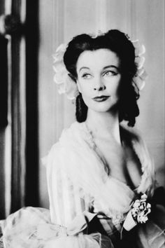 meinthefifties:  Vivien Leigh in The School for Scandal, 1942.