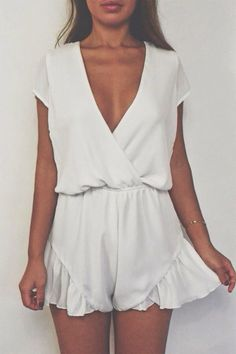 White Broken Hearts Playsuit , i like ♥ Looks Style, Looks Cool, Style Me, Mode Shorts, Look Fashion, Fashion Outfits, Trendy Fashion, Womens Fashion, Ladies Fashion