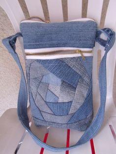 Riflová+kabelka+100%+bavlna+dvě+kapsy+na+zip+uvnitř+jedna+kapsa+velikost+25x19+cm+délka+ucha+68+cm+praní+na+40
