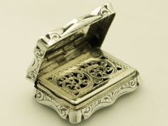 Image detail for -Sterling Silver Vinaigrette - Antique Victorian boxes - AC Silver