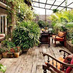 aménagement petit jardin exterieur-terrasse-pergola-verre