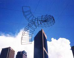 IdeaFixa » Esculturas de Neil Dawson: outro nível