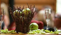 Creative Idea:Wedding Table Decor With Green Apples Decoration Fresh and Natural Apples Decorating Ideas for Party