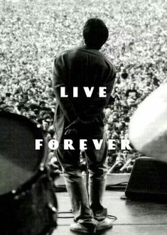 ImageFind images and videos about oasis and liam gallagher on We Heart It - the app to get lost in what you love. Oasis Lyrics, Oasis Music, Liam Gallagher Live, Noel Gallagher, Music Love, Rock Music, Great Bands, Cool Bands, Banda Oasis